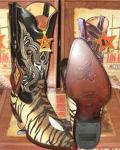Tigre marrón mantarraya Soltero