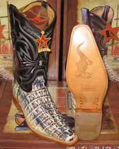 Dedo del pie Caimán